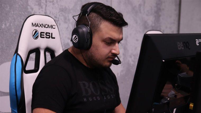 Profesyonel Türk espor oyuncusu COVID'e yenik düştü