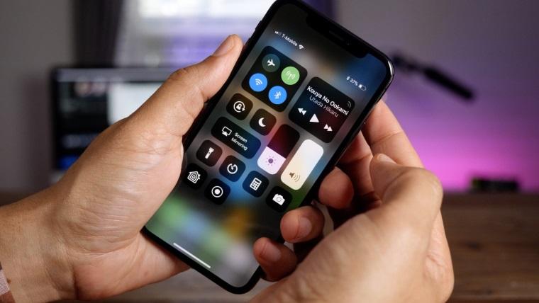 iPhone X'te bozuk ses sorunu yaşanıyor