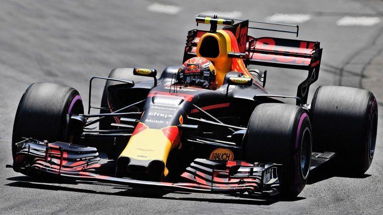 Oyun oynayarak gerçek Formula 1 pilotu olmak