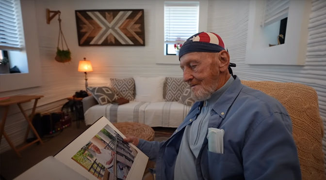 First in the world: 70-year-old homeless man living in a house made with a 3D printer