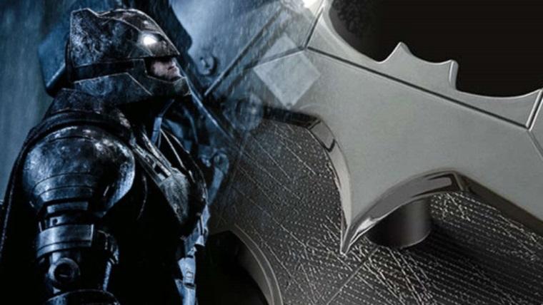 Batman, Justice League setinden Batarang çalarsa