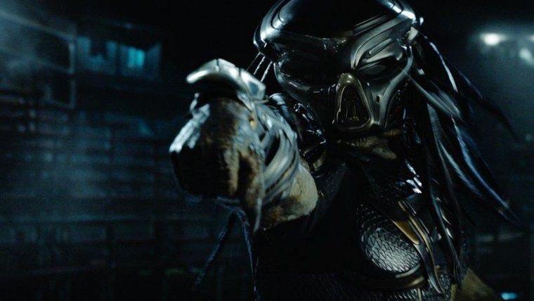 Predator filminden kan gövdeyi götüren bir fragman yayınlandı