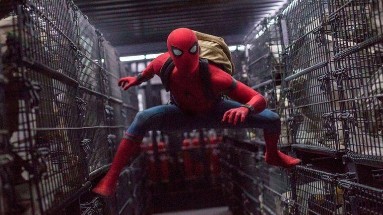 Yayınlanan bir oyuncak Spider-Man'in yeni gücünü gösteriyor
