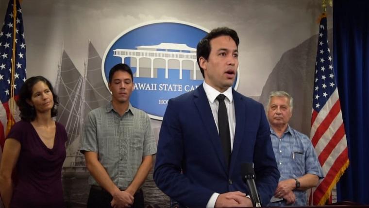 Hawaii'den EA Games'e sert tepki