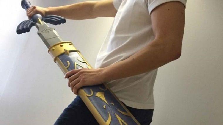 Ev arkadaşını Zelda kılıcıyla dövdü, tutuklandı