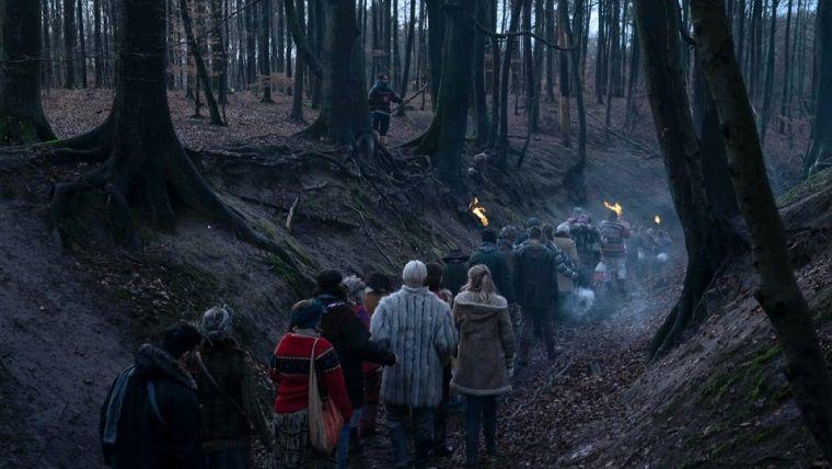 Netflix dizisi Equinox ilk fragmanı ile dikkat çekiyor