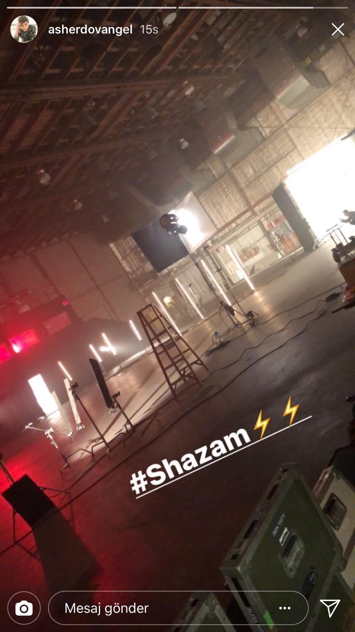 Shazam filminin setinden yeni bir görüntü geldi