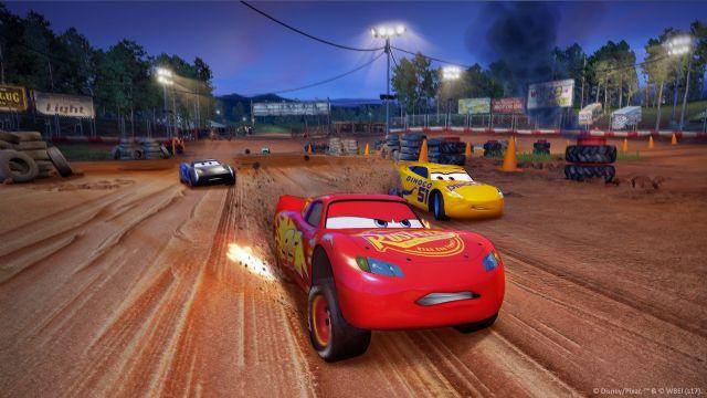 Cars 3: Driven to Win filmi ile aynı anda satışa çıktı
