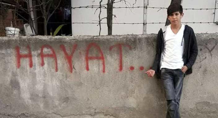 Bir Türk gencini daha Mavi Balina yüzünden maalesef kaybettik