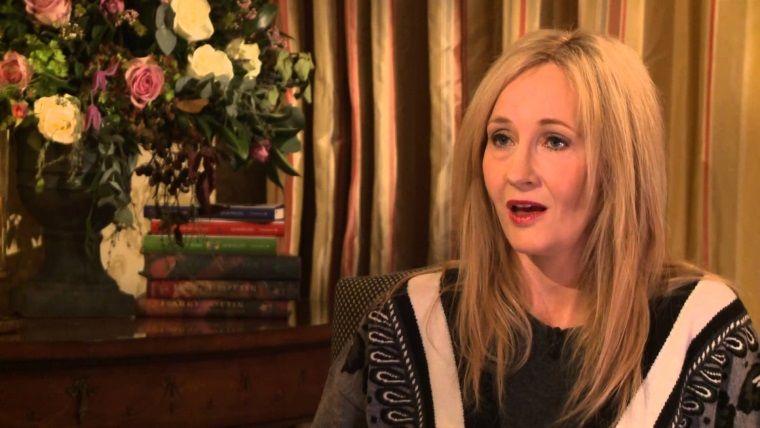 J.K. Rowling yine bir karakteri öldürdüğü için özür diledi