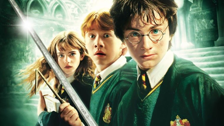 Din adamları Harry Potter kitaplarını yaktı
