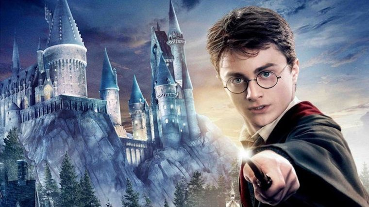 Harry Potter dizisinin yapım aşamasında olduğu rapor edildi