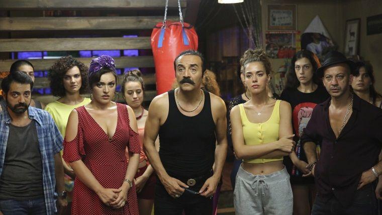 Organize İşler Sazan Sarmalı Netflix'te yayınlandı!