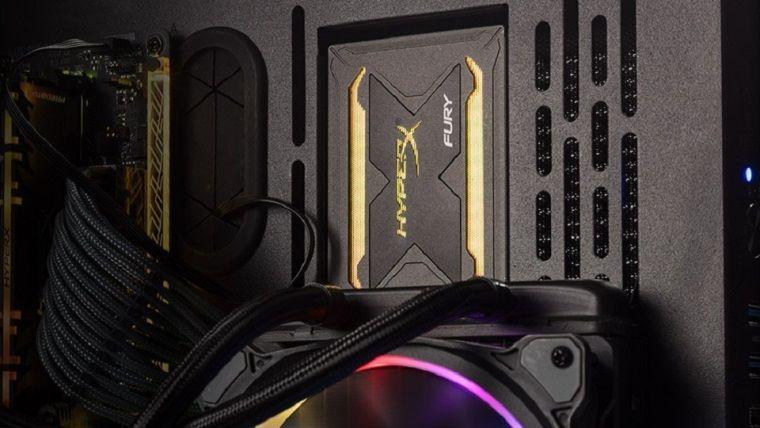 HyperX'ten oyunlara hız bilgisayarlara renk katan yeni SSD'ler