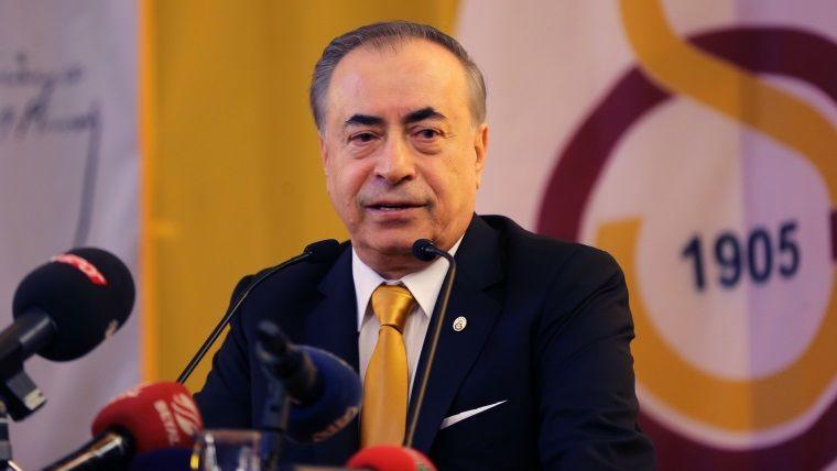Galatasaray Başkanı tam bir oyuncu çıktı
