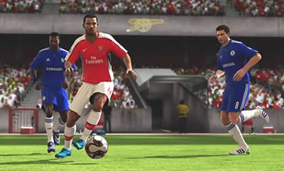 Lider FIFA 11, ikinci PES 2011