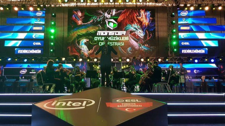 Oyun müzikleri orkestrası, Intel ESL Türkiye Şampiyonası'nda sahne aldı