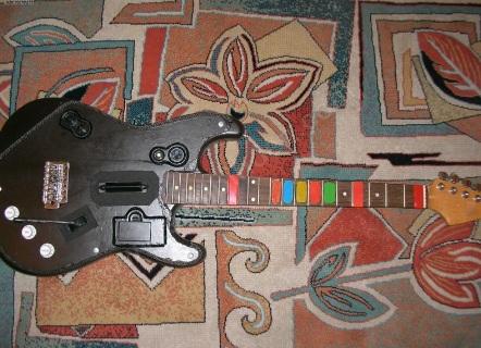 Guitar Hero için kendi gitarını yaptı, satıyor