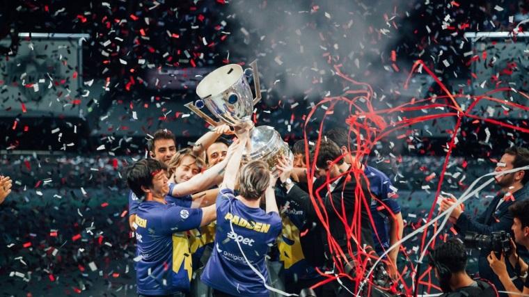 Ülkemizi temsil eden Fenerbahçe'nin maçı başladı!