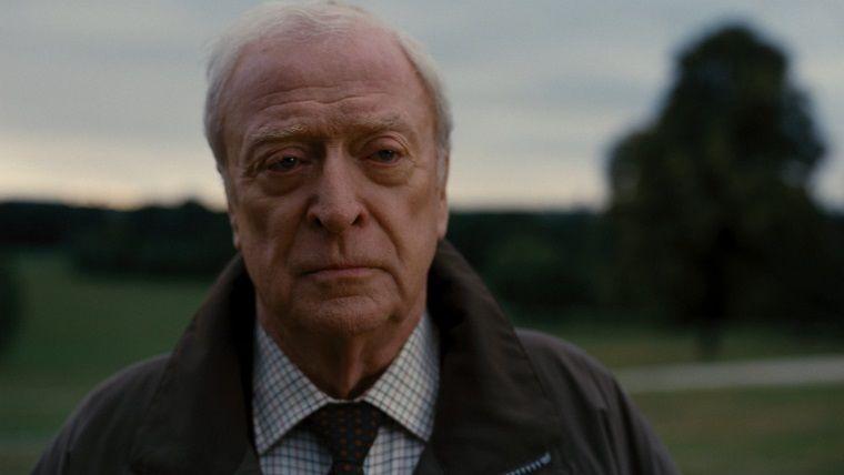 Batman'dan önce Alfred ne yapıyordu?