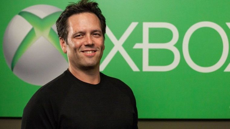 Phil Spencer, Xbox One'a JRYO oyunları geleceğini söyledi