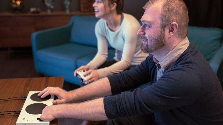 Xbox Adaptive Controller: Microsoft'tan engellilere kontrolcü