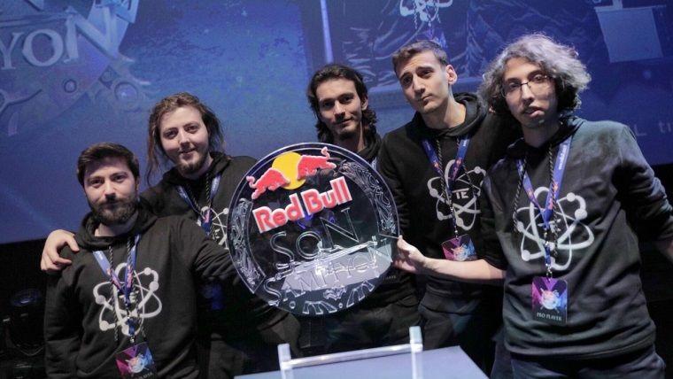 Red Bull Dota 2 turnuvasının galibi Team Entelechy oldu