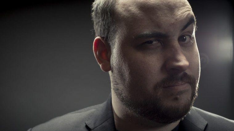 Ünlü YouTube yayıncısı, kanser sebebi ile yayınlarını bırakıyor