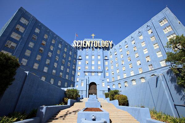 Scientology oyun oluyor!