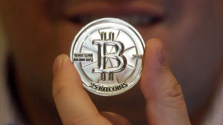 Fast food zincirleri Bitcoin'e akın ediyor