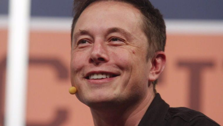 Elon Musk'ın alev silahı bir günde 3.5 milyon dolar gelir sağladı