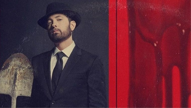 Eminem, sessiz sedasız bir şekilde yeni albümünü çıkarttı