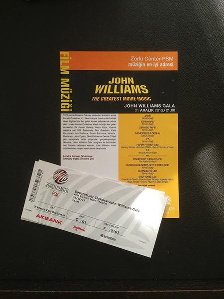 Yaşasın John Williams, yaşasın müzik