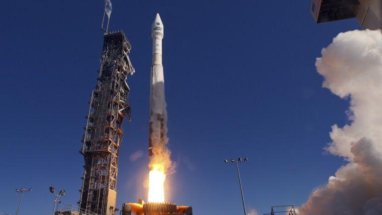 Ufak kod hatasından dolayı Rusya'nın koskoca 19 tane uydusu patladı