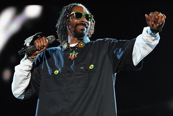 Snoop Lion ne oynamayı seviyor?