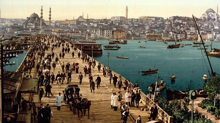 The Guardian'a göre Türkiye'de geçen en iyi 10 kitap