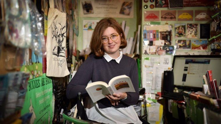 Gizlice yazdığı roman büyük bir ödüle aday olmayı başardı