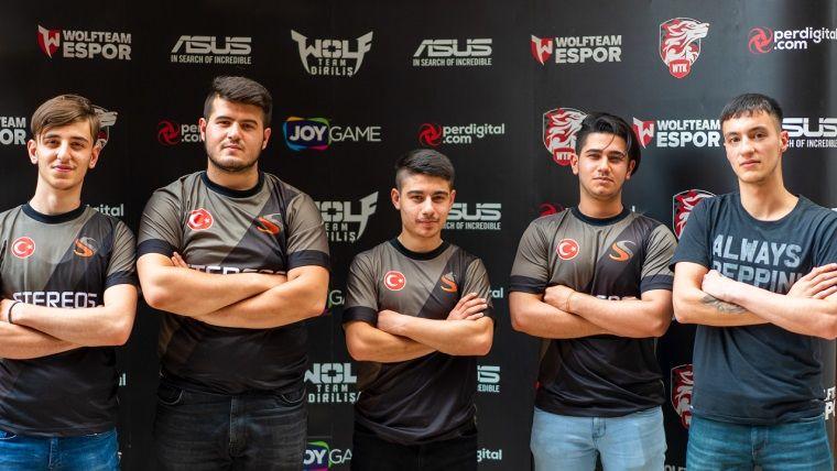 Wolfcity Antalya Turnuvası'nda şampiyon STEREOS takımı oldu