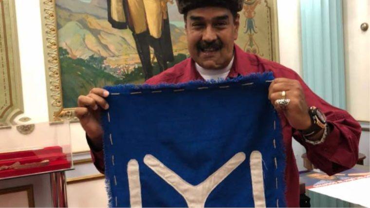 Venezuela Başkanı da Diriliş Ertuğrul'u cosplay yaparak izliyor